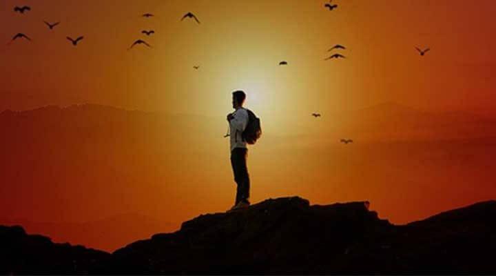 鳥のように、もっと自由に生きたい男性
