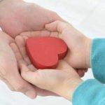 思いやりのある人の特徴 – 温かみのある人間になるには