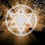 相反する者の中に愛を感じる – 魔法円で奇跡を起こす